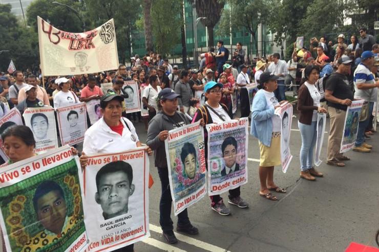 26-settembre-2016_ayotzinapa-2