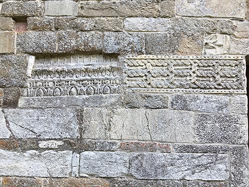 2_san pietro in grado chiesa dettagli architettura medioevo