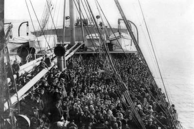 Emigrazione-italiana-nel-900-3-768x517